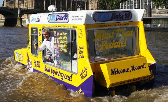 Amphibious ice cream van, River Thames