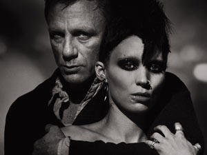 Daniel Craig and Rooney Mara on the 'Girl With the Dragon Tattoo' poster