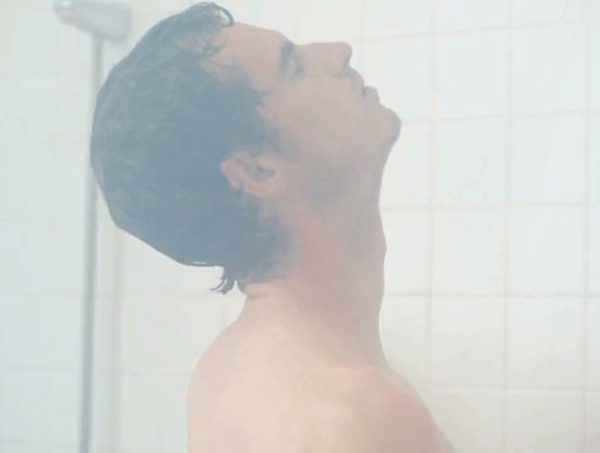 Andy Murray in the shower