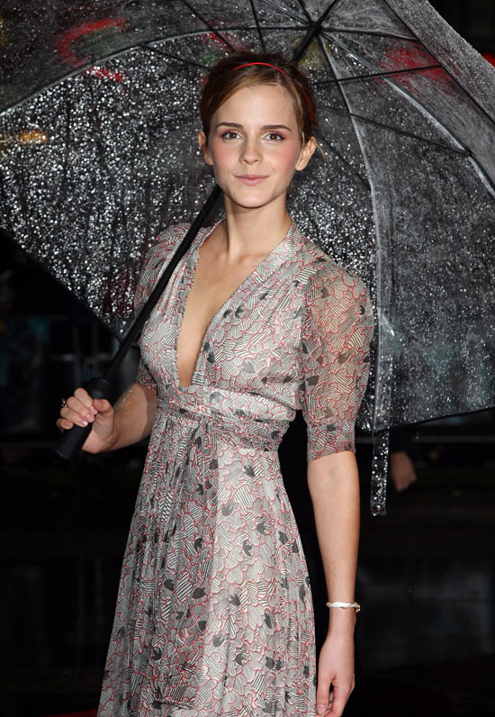 Emma Watson at the 'Half Blood Prince' premiere