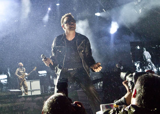 U2, Glastonbury 2011