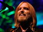 Tom Petty offers reward for guitars