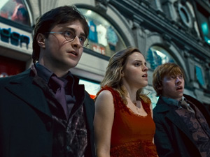 Harry Potter, Hermione Granger and Ron Weasley in &#39;Harry Potter And The Deathly Hallows Part 1&#39;