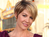 Actress Jenna Elfman