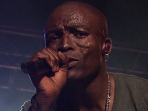 Seal performing live in Mallorca, Spain