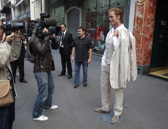 A Brad Pitt wax model presented in Paris