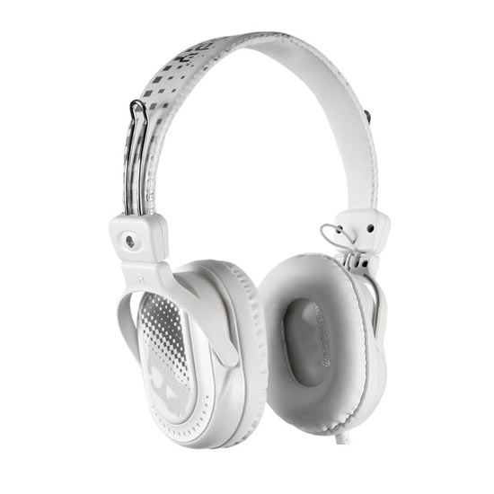 Competition: A set of white skullcandy headphones