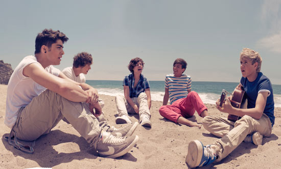 One Direction relax on the beach