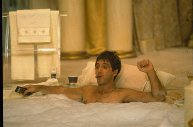 Tony Montana in the bath