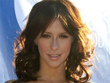 Jennifer Love Hewitt attends the 2011 Angel Awards held in Hollywood, California