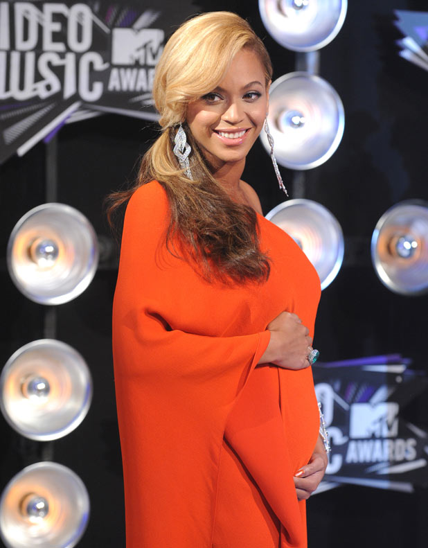 Beyonce displaying a baby bump!