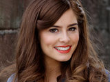 Rachel Shenton as Mitzee Minniver