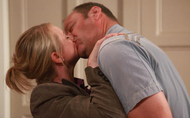 Jimmy King (Nick Miles) and Nicola King (Nicola Wheeler) kiss