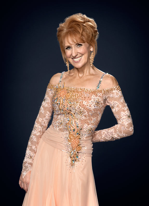 http://i2.cdnds.net/11/36/618w_strictly_2011_anita_dobson.jpg