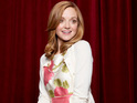 Glee star Jayma Mays reveals that Will and Emma will duet on the Christmas album.
