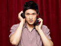 Harry Shum Jr says that he doesn't like to be the center of attention.
