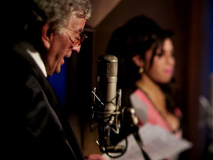 Amy Winehouse in the studio with Tony Bennett