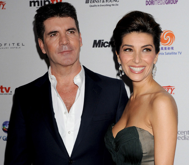 Simon Cowell's ex-fiancée is reportedly planning to reveal all about their romance.