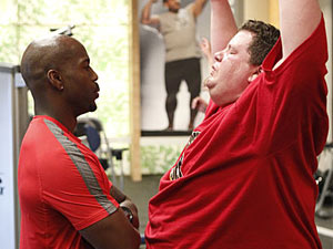 The Biggest Loser USA S12E01: Dolvett at the gym