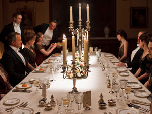 Dinner at Downton in Downton Abbey S02E02