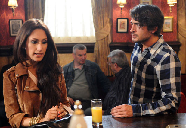 Syed persuades Amira to stay and talk to him