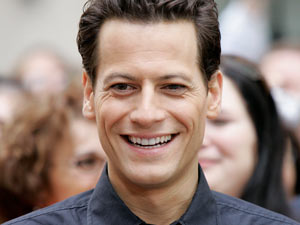 Ioan Gruffudd - The Welsh actor, currently appearing alongside Sarah Michelle Gellar in Ringer, is 38 on Thursday.