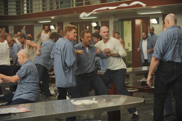 House S08E01: 'Twenty Vicodin'