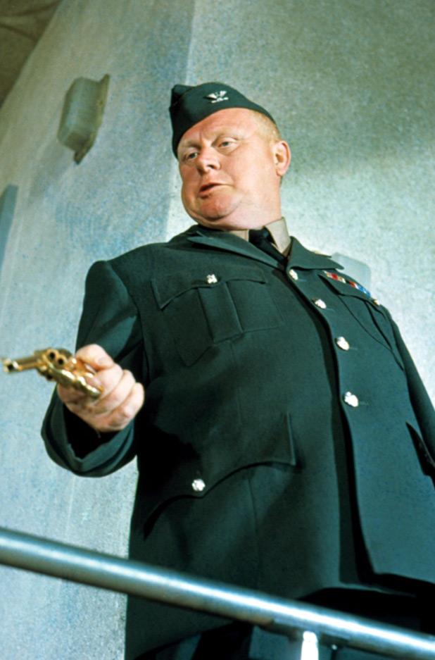 Auric Goldfinger (Gert Fröbe)