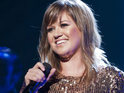 Kelly Clarkson says that she has been obsessed with Adele for years.