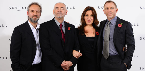 Sam Mendes, Michael G Wilson, Barbara Broccoli and Daniel Craig