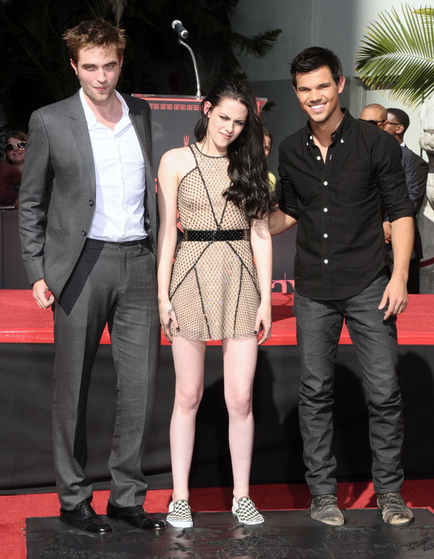 'Twilight' Hand and Footprint Ceremony