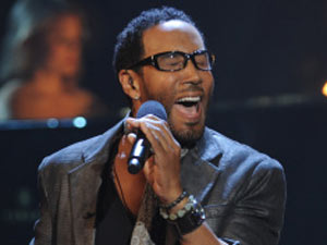 The X Factor USA Top 12 Performances: LeRoy Bell
