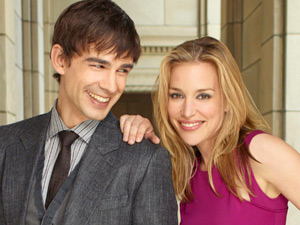 Christopher Gorham and Piper Perabo in 'Covert Affairs'