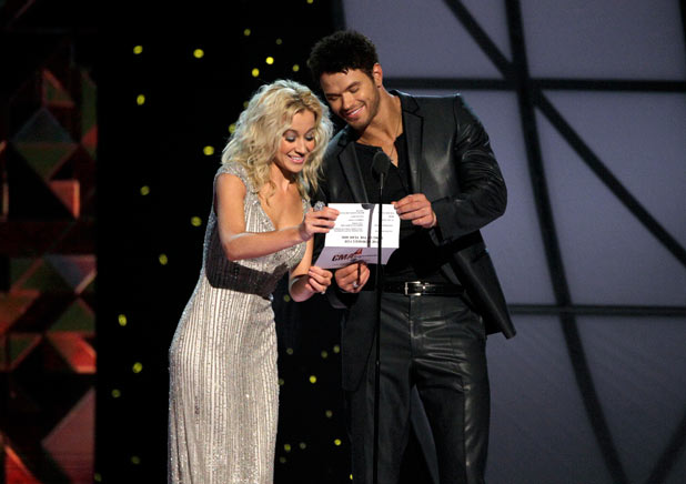 Kellan Lutz and Kellie Pickler