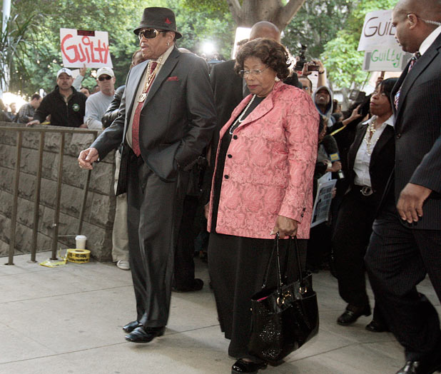 Michael Jackson's parents Joe and Katherine Jackson arrive at the courthouse after it was announced that jurors had reached a verdict