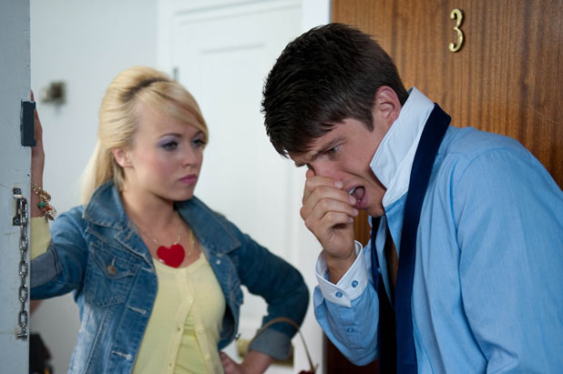 Ethan Scott (Craig Vye) and Jorgie Porter (Theresa McQueen)