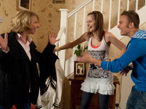 Gail and David are thrilled when Kyle tells them she has got custody of Max
