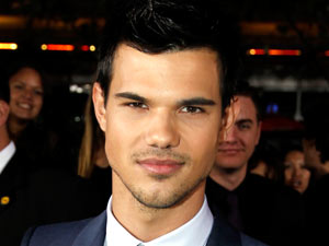 'The Twilight Saga: Breaking Dawn - Part 1' Premiere: Taylor Lautner
