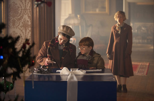 Lily (HOLLY EARL), Cyril (MAURICE COLE), Madge (CLAIRE SKINNER)