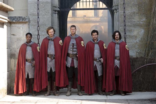 Elyan (Adetomiwa Edun), Sir Leon (Rupert Young), Sir Percival (Tom Hooper), Lancelot (Santiago Cabrera), Gwaine (Eoin Macken)