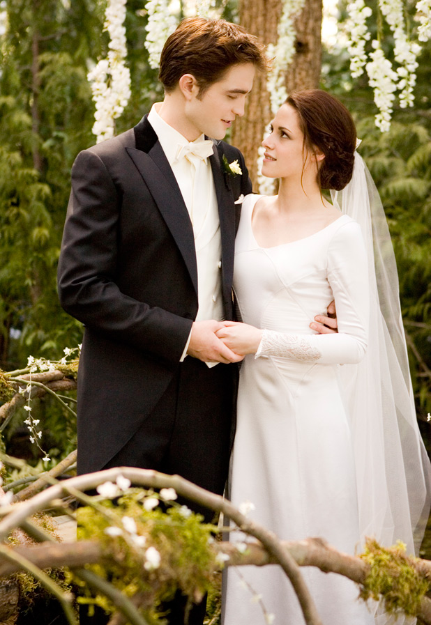 Movies: 'Twilight: Breaking Dawn' wedding dress gallery