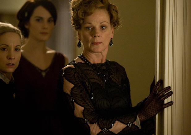 Downton Abbey: What is troubling the ladies of Downton?
