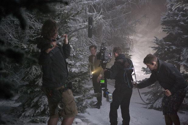 Behind-the-scenes 2