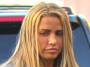 Katie Price is seen getting her nails done in West Hollywood Los Angeles, California - 05.12.11 Credit: (Mandatory): Wright/Beiny/WENN.com
