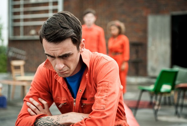 Misfits s03e07 gallery