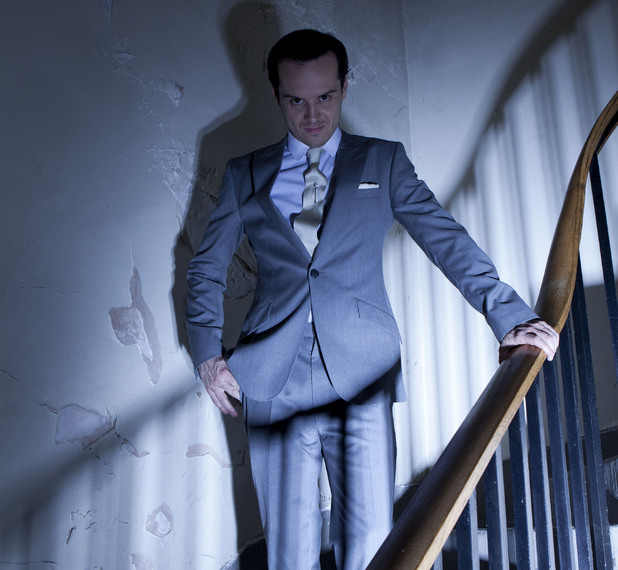 Jim Moriarty (ANDREW SCOTT)