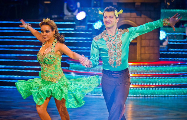 Chelsee and Pasha recreate their Jive