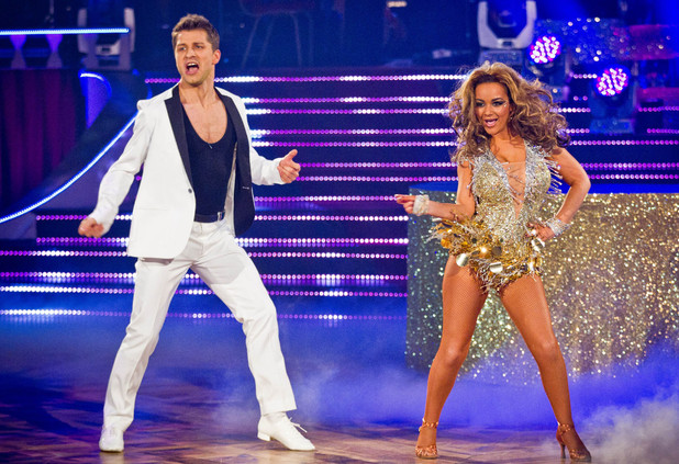 Chelsee and Pasha dance their Showdance