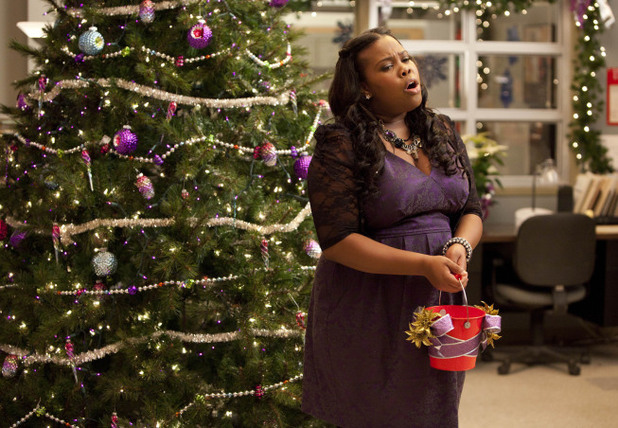 Mercedes (Amber Riley) performs