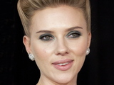 Scarlett Johansson New York premiere of 'We Bought a Zoo' at the Ziegfeld Theater